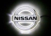 Эмблема Nissan Almera с подсветкой, белая