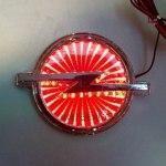 Эмблема Opel с подсветкой, красная