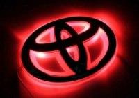 Эмблема Toyota Corolla с подсветкой, красная