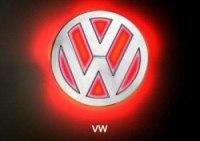 Эмблема Volkswagen с подсветкой, красная